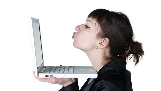 Online Dating spoke in the wheel